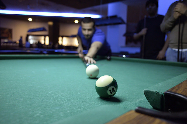 Common Mistakes Everyone Makes Shooting Pool