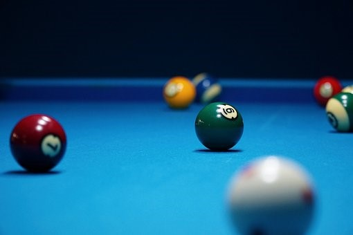 Tips to clean a pool table