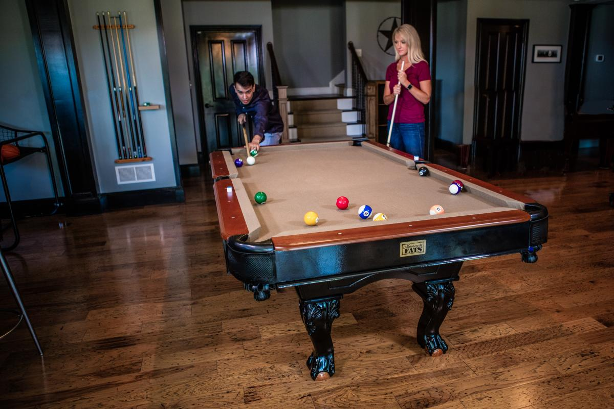 Minnesota Fats Covington Pool Table GameTablesOnlinecom - Minnesota fats covington billiard table