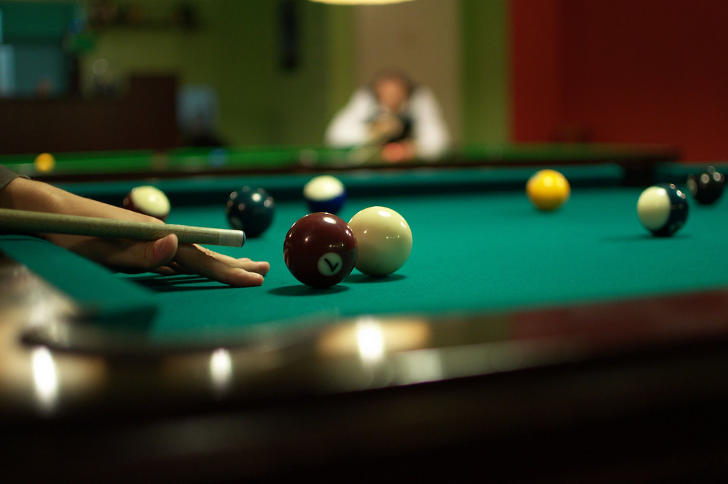How to Hit a Cue Ball Straight in Pool