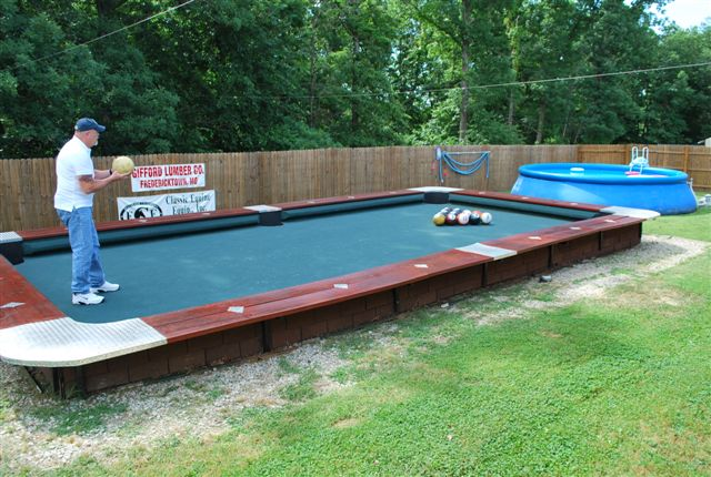 You Wont Believe This Life Size Backyard Pool Bowling Table - Huge pool table